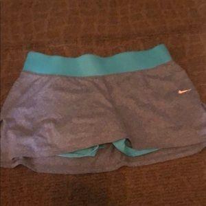 Nike Dri-Fit skirt Size Small